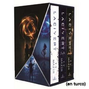 Trilogia Lacivert de T.Y. Mazer con los libros Lacivert, Amber y Safir en turco